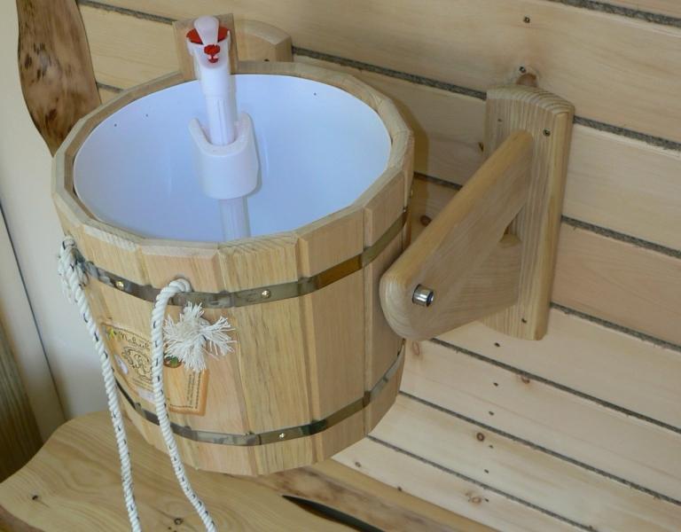 Как сделать обливное ведро в бане